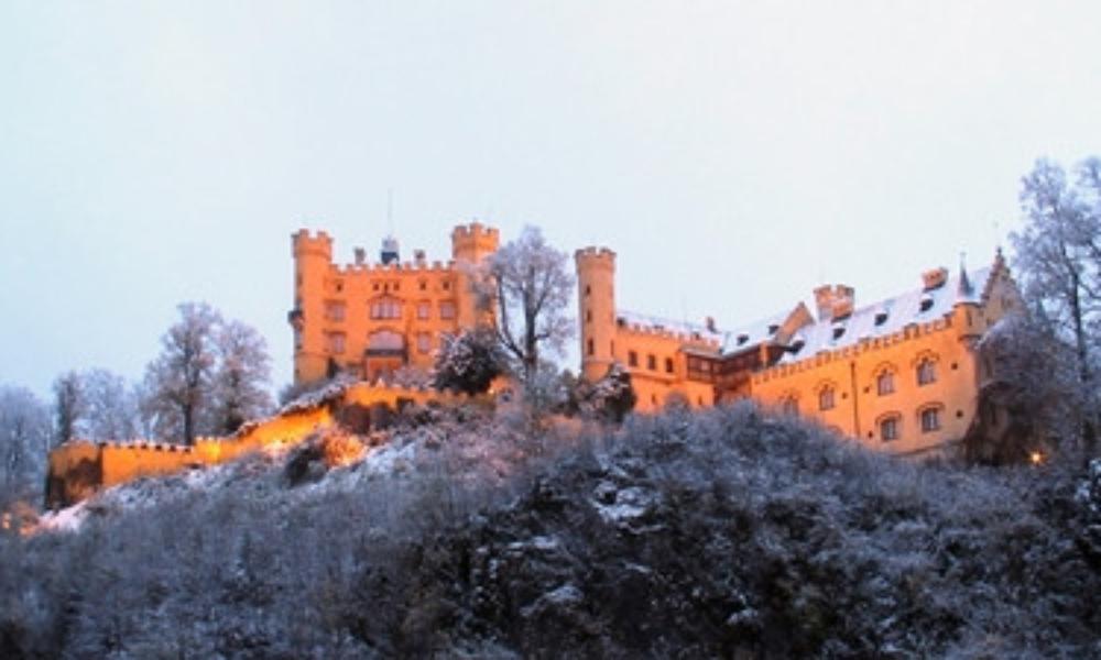DE_Bavaria_Hohenschwangau_castle_Nov